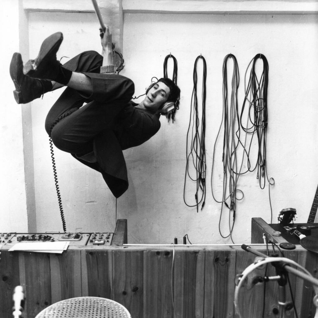 66-PT-Swing Studio
